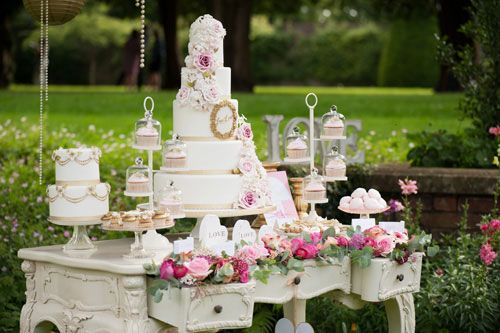 sweet table with wedding cake by Anna Tyler via Love Luxe blog